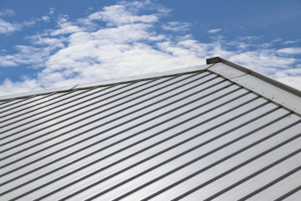 How a Metal Roof Lowers Your Energy Bill Year-Round